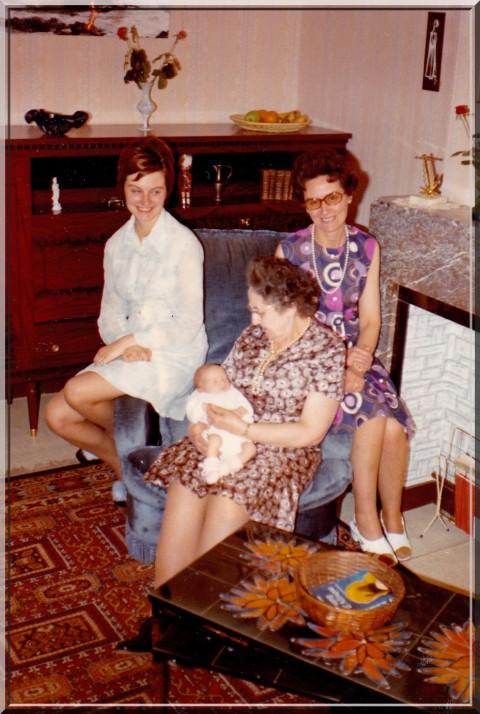 4 générations femmes